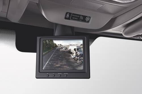 renault-master-permanent-rear-view