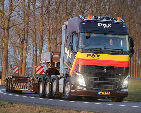 volvo-fh-zwaartransport-pax